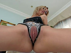 Bunny likes catapulting her snatch with a big glass fuck stick