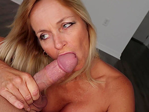 Mature blonde wife Dani Dare knows how to make her man ejaculate