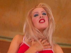 Horny Blonde Slams Fake penis In Her Cunt