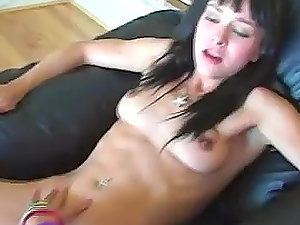 Good Squirt with stunning Cytheria and Lili Thai