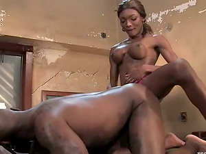Bulky dark-hued tranny Mistress Amyiaa finds a warm place for her Big black cock