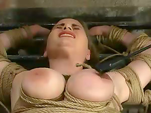 Sizzling and buxom chick Maklaryn is treated like shit