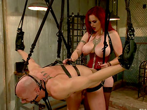 Mz Berlin Face Sitting and Strapon Fucking Stud in Extreme Restrain bondage Session