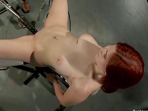 The sound of fucking machine makes Zoe so glad
