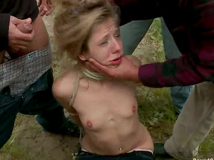 Skinny Chastity Lynn gets gang-fucked outdoors