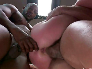 Tattooed Vivienne Del Rio gets bounded and gang-fucked