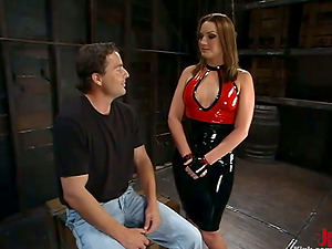 Beautiful Flower Tucci Having Joy Predominant Fellow in Bondage & discipline