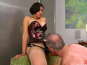 Asian whore Mika Sunburn fucks Billy Budd with a massive strapon